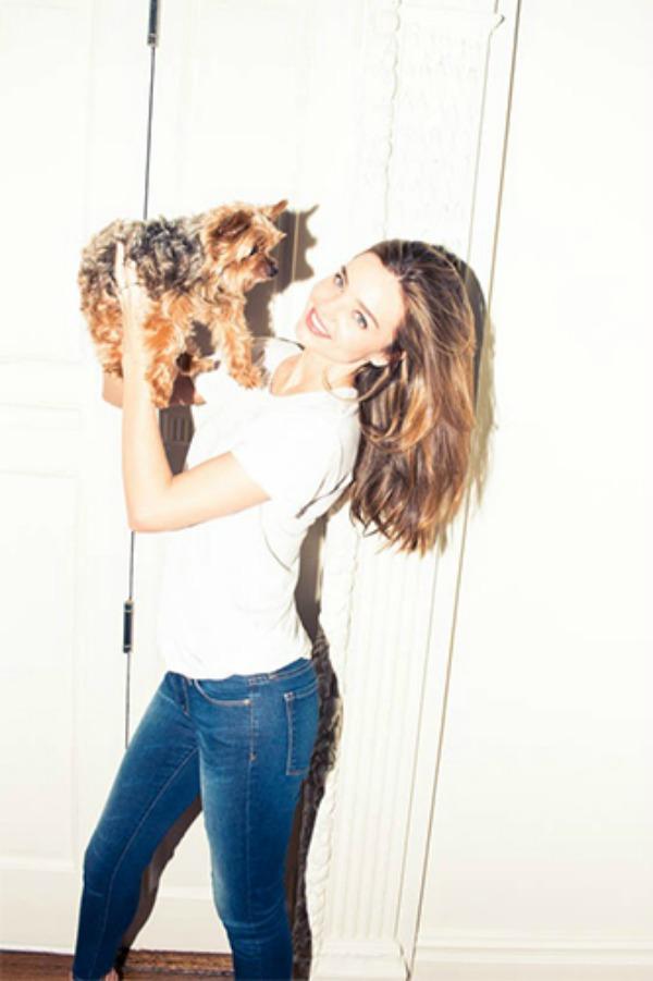 Miranda ker sa psom Miranda Kerr kakvu do sada niste videli i njen ormar