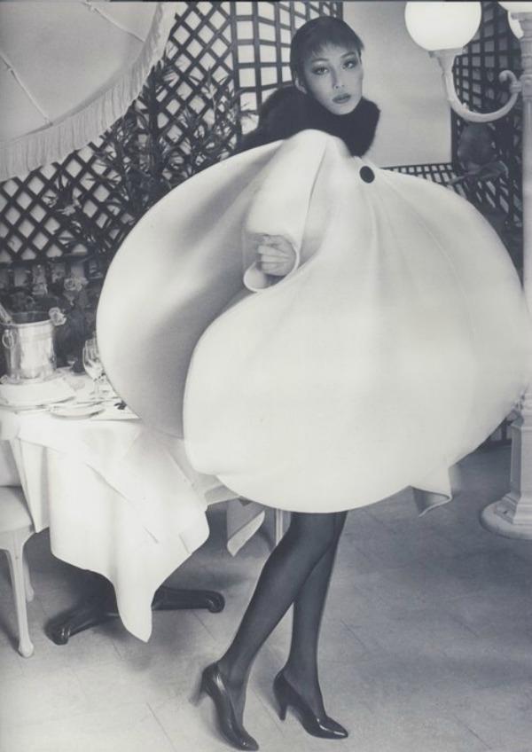 Pierre Cardin 1960 balon haljina Deset najpoznatijih modnih umetnika sveta