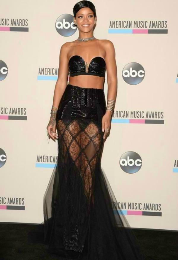 Rihanna1 Najskandaloznije haljine u 2013.