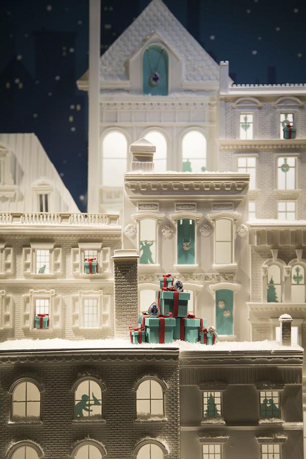 Tiffany 3 592x888 Novogodišnji izlozi: Svi ti detalji