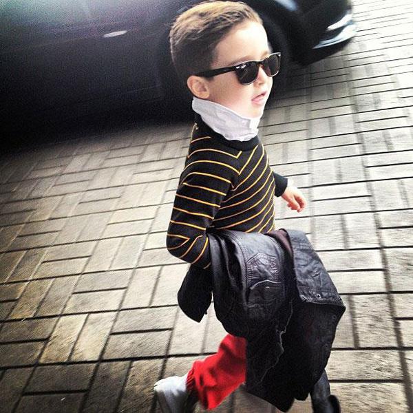 a 4x 3 Nova ikona stila: Petogodišnji dečak postao zvezda na Instagramu