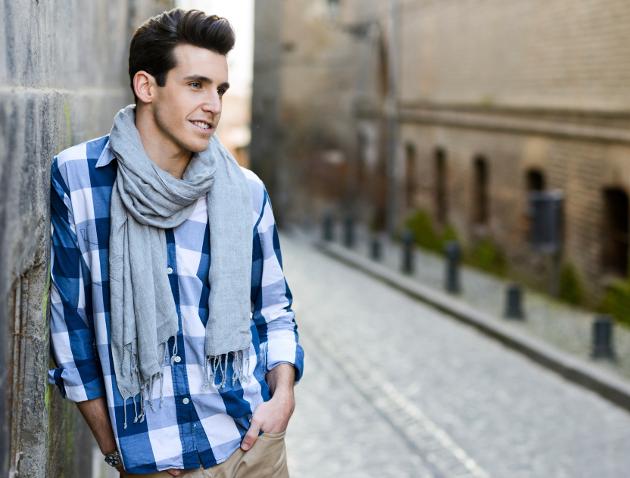 embedded once around scarf Moda za muškarce: Četiri načina kako možete nositi šal