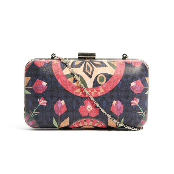 textile  federation  evening  clutch Šest modela torbi koje svaka žena treba da poseduje