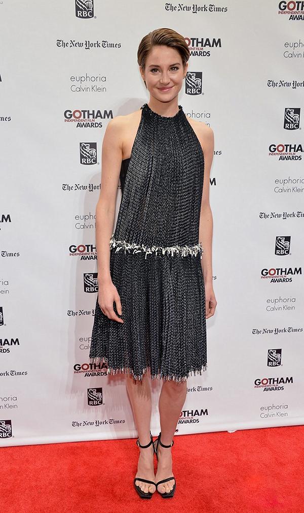 4 Shailene Woodley Calvin Klein One nose: Haljine sa bretelama oko vrata