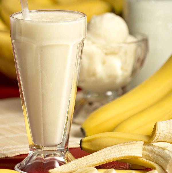 Banana Smoothie Large2 5 Preukusan smoothie od banane