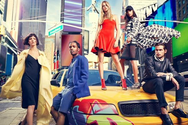 DKNY 1 DKNY: Cara Delevingne i buntovnici