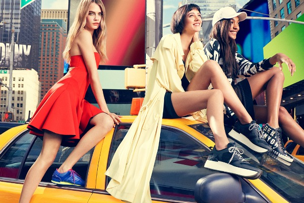 DKNY 3 DKNY: Cara Delevingne i buntovnici