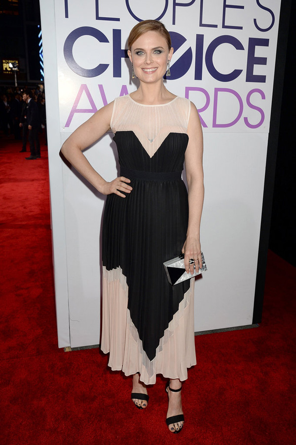 Emily Deschanel hit red carpet People Choice Awards Fashion Police: Peoples Choice Awards 2014