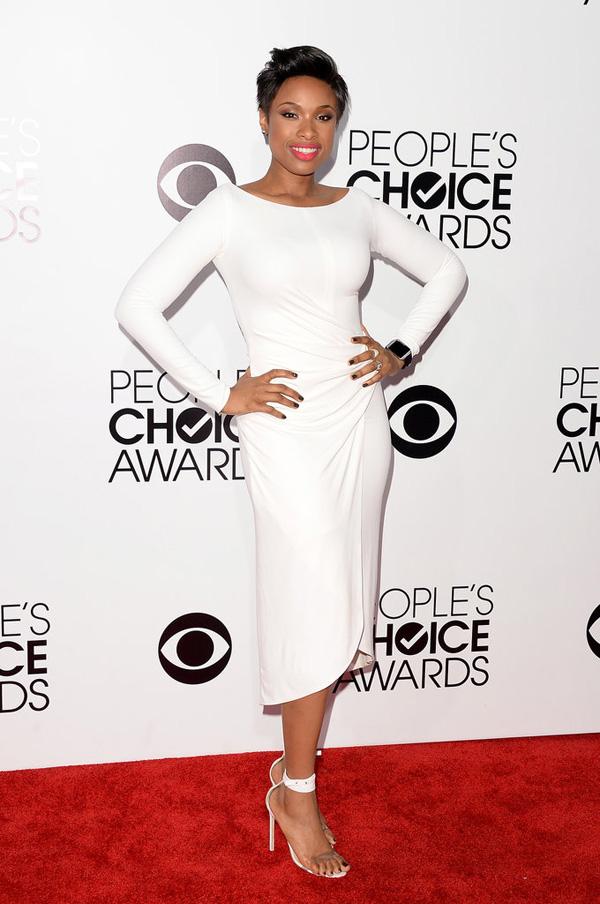 Jennifer Hudson dropped jaws red carpet her sleek white dress Fashion Police: Peoples Choice Awards 2014