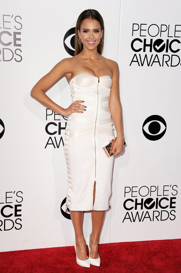 Jessica Alba made glamorous return PCAs red carpet Fashion Police: Peoples Choice Awards 2014