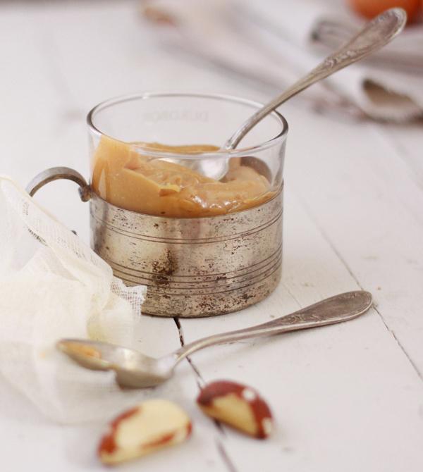 Karamela u metalnoj solji Put oko sveta do deset najboljih dezerata