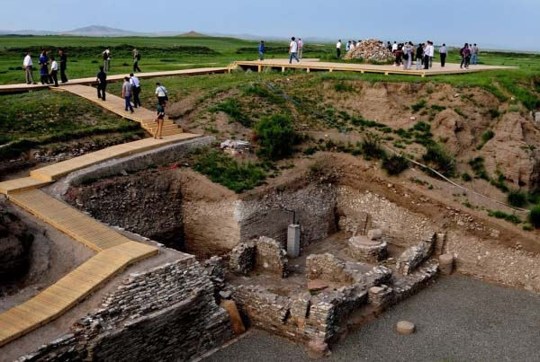 Ostaci hrama Sedam lokacija između mita i istine