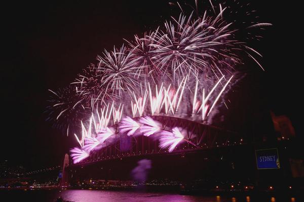 Sydney Harbour Bridge Australia lit fireworks New Year Eve Najbolje fotografije sa dočeka Nove godine širom sveta