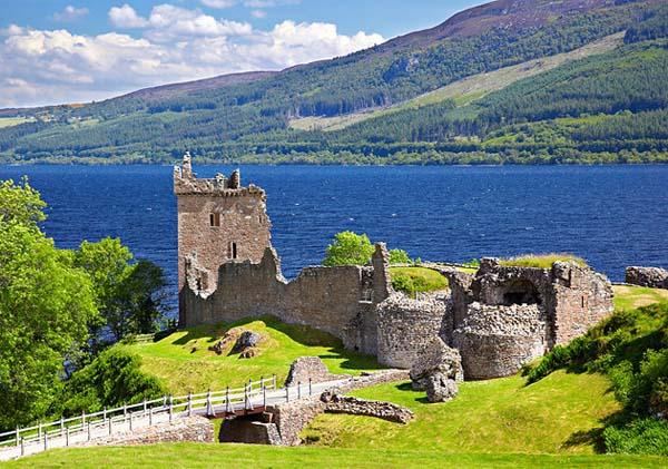 Zamak na jezeru Sedam lokacija između mita i istine