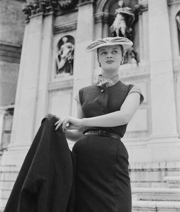 o HAT TWO 570 The Best Vintage Moments: Christian Dior