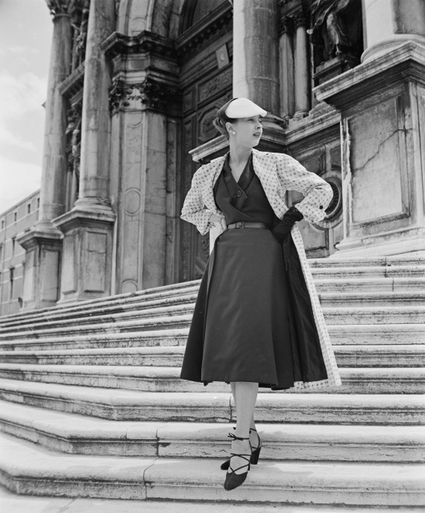 o STAIRS 570 The Best Vintage Moments: Christian Dior