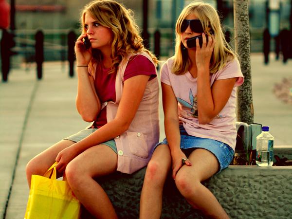 why its so ridiculously hard for mobile advertisers to reach teenagers Omladina proverava svoje mobilne telefone na svakih 10 minuta