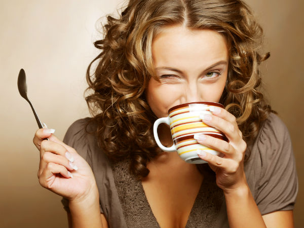 кофе пьет Čija je ova moja kafa?