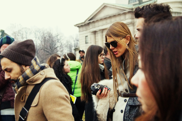 003 Anna Dello Russo Street Style lekcija: Milanska nedelja mode