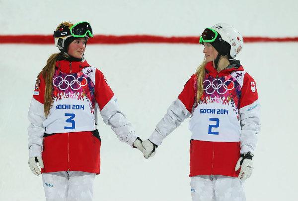 Canadian sisters Chloe Justine Dufour Lapointe held hands after Emocije preplavile Olimpijske igre