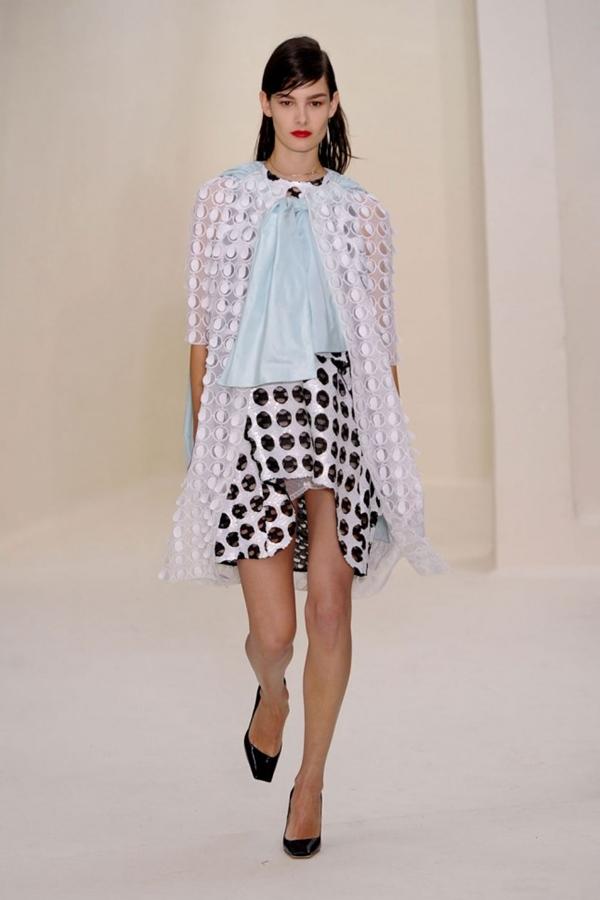 Dior look 36 garticle Sedam lekcija sa Pariske nedelje visoke mode