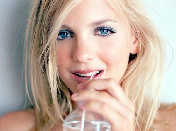 Girls party makeup tips Budi glavna u kafani
