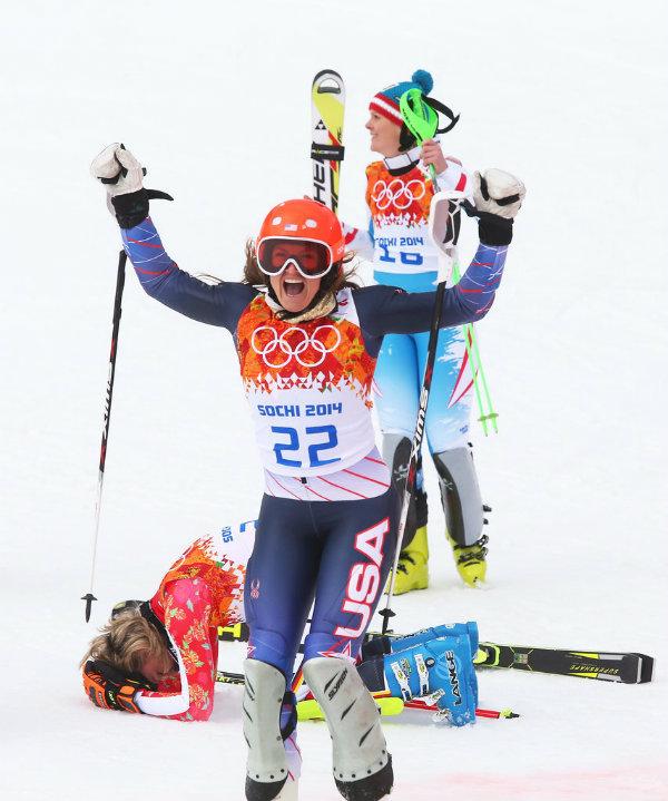 Gold silver bronze medalists Maria Hoefl Riesch Germany Emocije preplavile Olimpijske igre