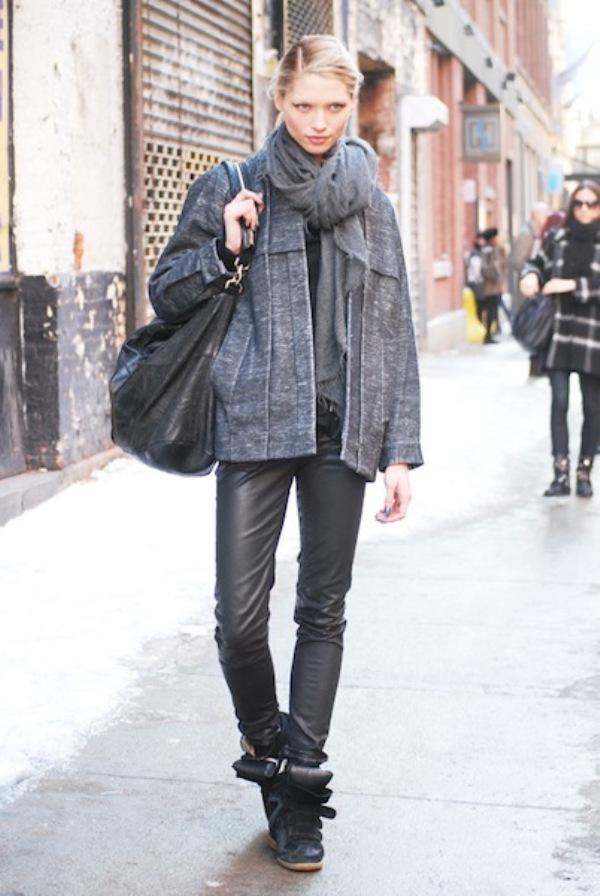 HANA JIRICKOVA1 Street Style: New York Fashion Week