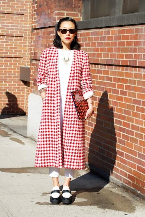 JEANNE LEE1 Street Style: New York Fashion Week