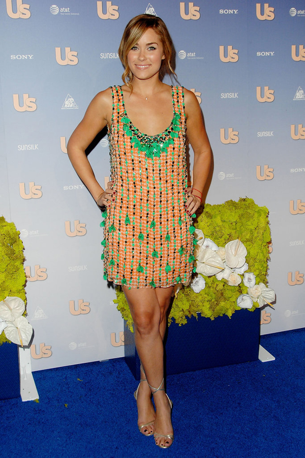 Lauren Conrad arrived Us Weekly 2007 Hot Hollywood party kelly green orange embellished mini Lekcije o stilu Loren Konrad
