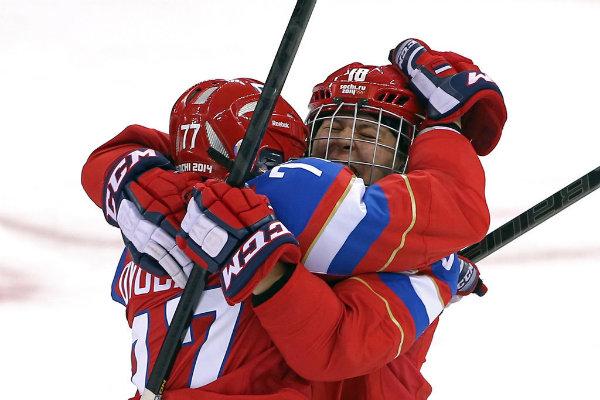 Russian ice hockey players Olga Sosina Yekaterina Smolentseva Emocije preplavile Olimpijske igre