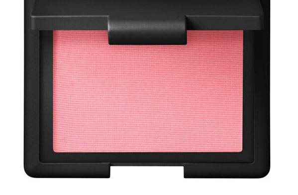 SS14 make up 5 Vogue 4Feb14 pr b 592x888 Beauty trend: Nežna pink na licu