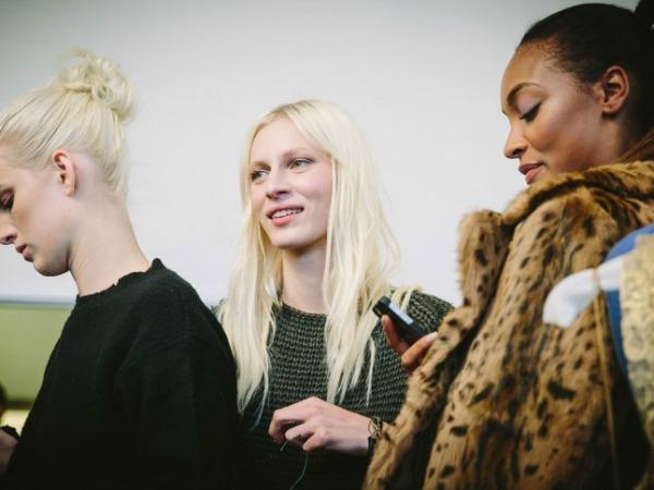 Slika 36 Iza scene: Modeli sa Nedelje mode u Njujorku