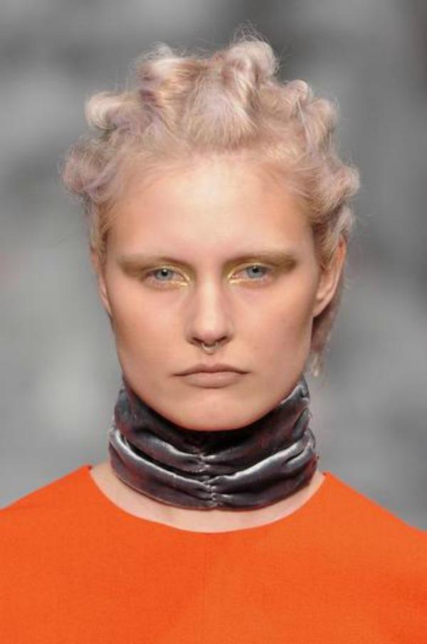 Slika 436 Ovo morate videti: Bizarne pojave na Nedelji mode u Londonu