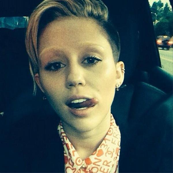 Slika 527 Promene frizura promovisane na Instagramu