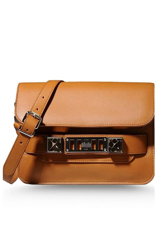 Slika 820 Must Have torbe: Savršen dizajn i klasični modeli ono su što osvaja