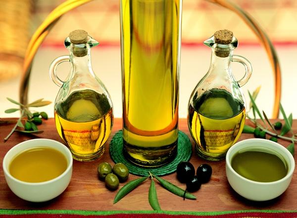 Spanish Olive Oil Maslinovo ulje: Skidanje šminke na prirodan način