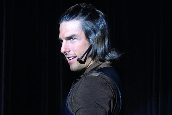 Tom Cruise Magnolia 10 najgorih filmskih frizura