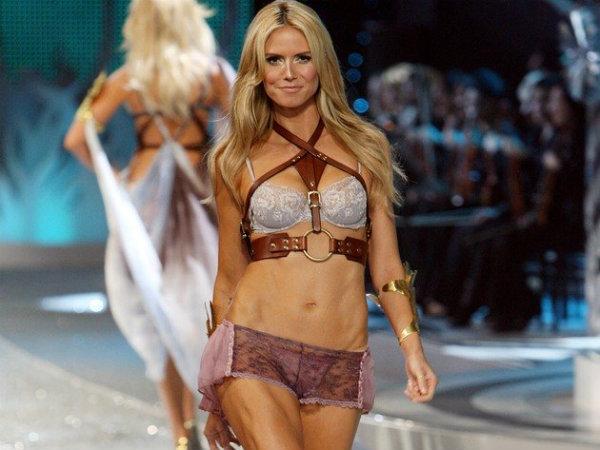 embedded Heidi Klum Najlepši Victorias Secret modeli