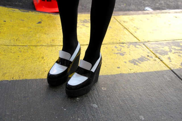 galleryimage17celineshoes 640x426 Street Style New York Fashion Week: Najbolji detalji