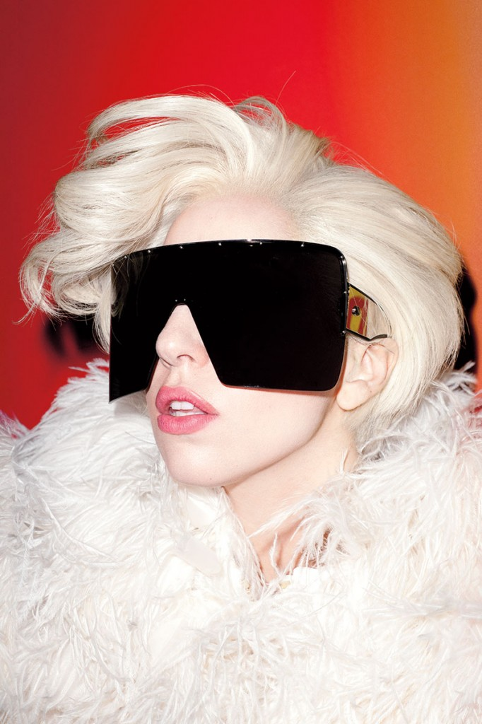 lady gaga by terry richardson for harpers bazaar march 2014 7 Lejdi Gaga: Humanost i aukcija