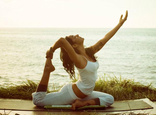 yoga mats adventure blog 11 Zašto treba da izlazite sa devojkom koja trenira jogu?