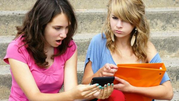 167 Pismo sa posvetom: Ni pod tačkom razno, ne slati poruke bivšem!
