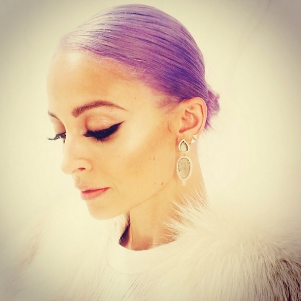 227 Ljubičasta boja kose je novi trend