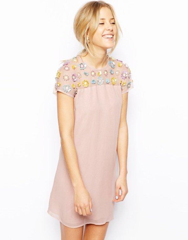 600x765xpink embellished dress.jpg.pagespeed.ic .kcqz2eFEL9 Haljine koje volimo: Lepršavo, lepršavije