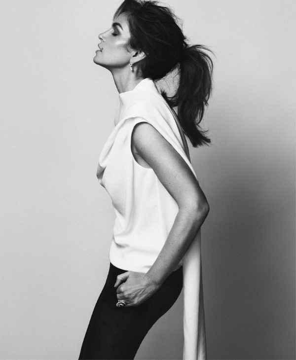 "625 ""Harpers Bazaar Russia"": Super glamurozna Sindi Kraford"