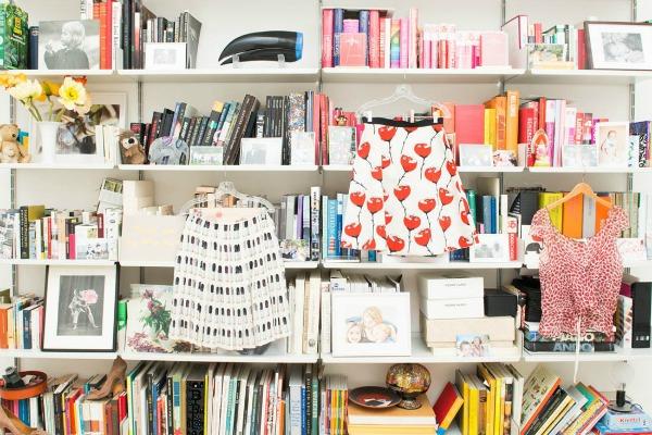Andjelika tasen biblioteka  U njenom domu: Anđelika Tašen