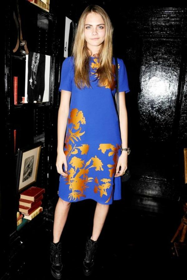 Burberry haljinica sa cvetnim motivima 10 haljina: Kara Delevinj