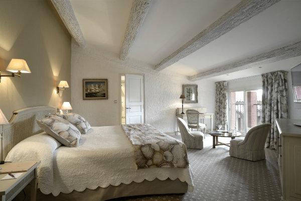 "Byblos GF Deluxe Room 1 5 13 13 Ponovo se otvara hotel ""The Byblos Saint Tropez"