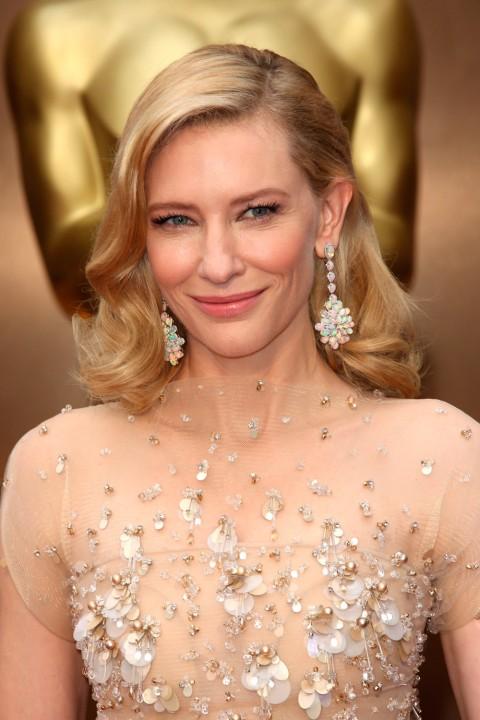 Cate Blanchett Oscars 2014 I Oskar odlazi u ruke...
